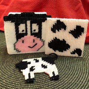 """MOO COW"" Holder with 4 Coasters, Holder & Magnet"
